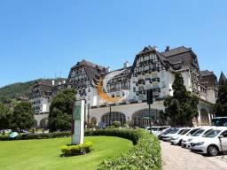 Apartamento com 4 dormitórios à venda, 290 m² por R$ 2.000.000 - Quitandinha - Petrópolis