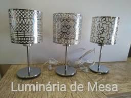 Luminária Abajur Cromado + Lâmpada