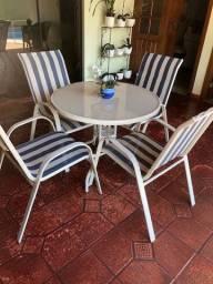 Conjunto mesa cadeiras para exterior