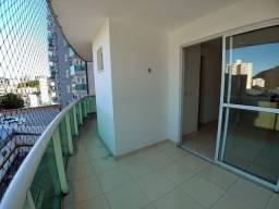 Excelente Apartamento de dois quartos, voltado para o Sol da manhã em Bento Ferreira