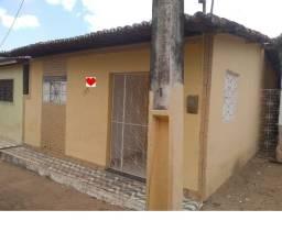 Vende-se Casa Quitada no centro da Cidade