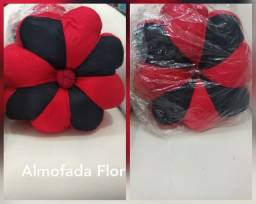 Almofada formato de flor