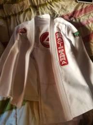Kimono gracie barra A2 ( nunca usado!)