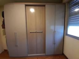 Roupeiro 6 portas nunca desmontado