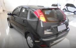 Ipva pago Ford Focus 1.6 gl 86600km R$10900. Revisado
