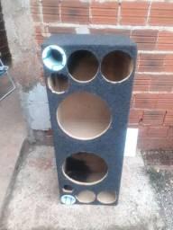 Caixa com 1.20mt por 40 de altura alto falante de 12