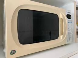 Microondas Panasonic Piccolo