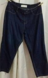 Peças roupa semi-novas