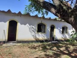 Barracão com casa independente.