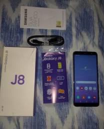 Samsung j8 64gigas....