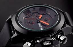 *Venda* Relógio Megir 2002G