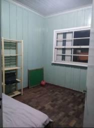 Alugo quarto na região das merces por 550,00