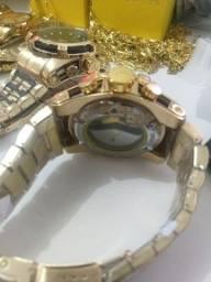 Título do anúncio: Relógios Invicta fundo de visro, correntes, pingentes