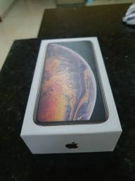 Iphone xs max gold 64gb (novo)