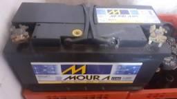 Vende se um bateria da moura