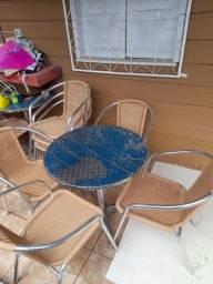 Jogo de mesa de varanda