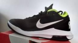 Tênis Nike HC Air Max 39