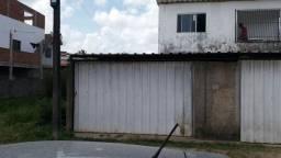 Casa no bairro Garapú toda na cerâmica com garagem coberta