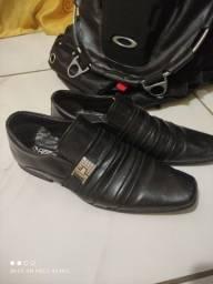 Sapato social semi novo (Bertelli)