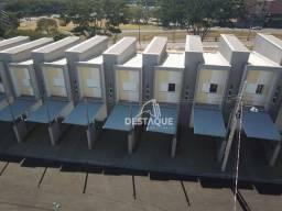 Sobrado com 2 dormitórios à venda, 57 m² por R$ 200.000,00 - Condomínio Villa Girassóis -