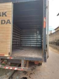 Vende se caminhão