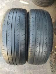 Par de pneus 195/65/15 em ótimo estado