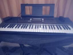 Vendo teclado Yamaha E353