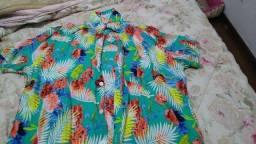 Camisa masculina descolada