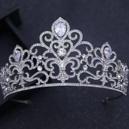 Coroa de Noiva Debutante Estilo Princesa