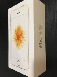 Perfeito!! Celular IPhone SE Apple Dourado