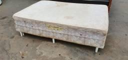Cama casal box de mola usada