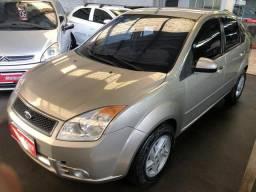 Fiesta sedan 1.0 c0mpleto - 2008