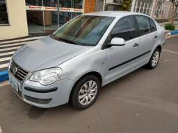 VW Polo Sedan 1.6 - 8V Total Flex - 2008 - 2008