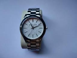 20df4d8100a Relógio Michael Kors