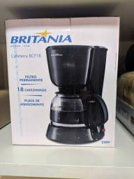 Cafeteira Elétrica Britânia BCF18 18 Xícaras Preta<br>