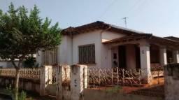 Casa no Centro em Jardinópolis