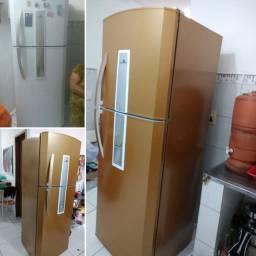 Deixe sua geladeira com cara de nova faça já seu orçamento envelopamento em geral
