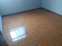 Apto 02 quartos com armarios perto metro