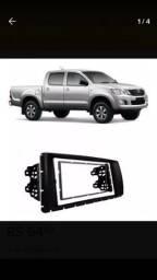 Moldura instalação rádio dvd ou multimidia em Toyota Hilux 2012 a 2015
