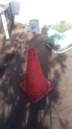 Cone Vermelho de Plástico bom.Leia a Descrição