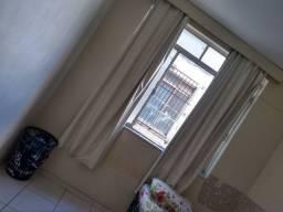 Quarto em apartamento * zap