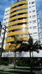 Apartamento para Temporada em Caiobá na quadra do mar localizado na Região Central