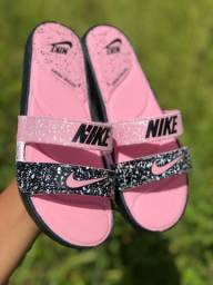 Sandalia nike feminina rosa