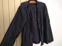Jaqueta de Couro GG e Blusa GG