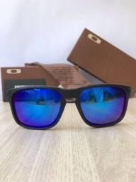 Óculos de sol Oakley Holbrook Iceberg blue polarizado