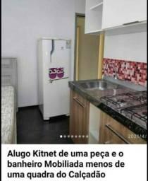 Kitnet mobilia no Centro pertinho do Calçadão garagem apenas pra moto livre de ..