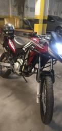 Vendo xre 2013 nova 21 pago, recibo em branco na mão, freio a disco, moto sem detalhe