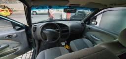 Ford Fiesta ano 2000 completo.