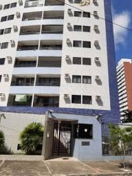 Apartamento no Edifício Praça dos Girassóis, bairro da Torre