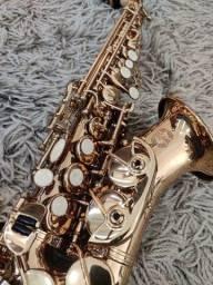 Sax Soprano Curvo Hofma Sib R$ 1.234,56